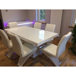Breeze I bespoke extendable dining table with glass top