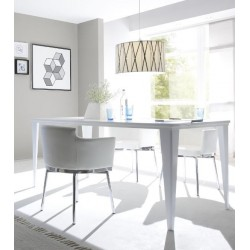 Livia - lacquered dining table