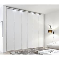 Venere - wardrobe with sliding doors and decorative stripes