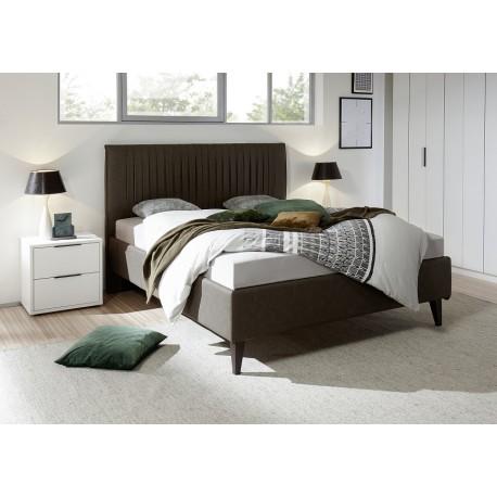 Venere - modern upholstered Italian bed in various colours