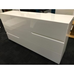 Gloria - white  lacquer Italian sideboard fast delivery - ex display