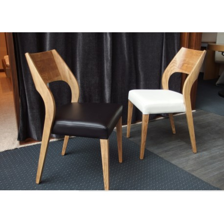 Central - luxury dining chair in walnut wood