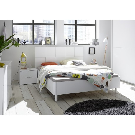 Oslo Modern white bed with checkered design headboard