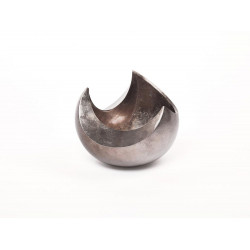 Abstract bowl in warm silver lacquer