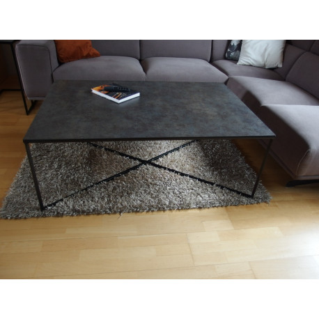 Ragno coffee table with ceramic top