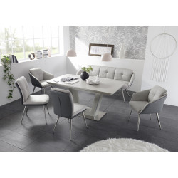 Scott lacquered extendable dining table