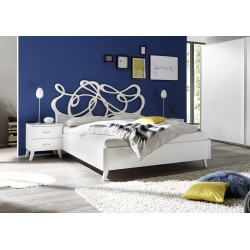 Elisir modern upholstered Italian bed in various sizes