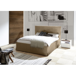 Amalti II modern upholstered Italian bed in various sizes