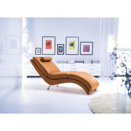 Bibbi chaise longue in various finishes