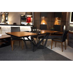 Ragno - bespoke extending dining table