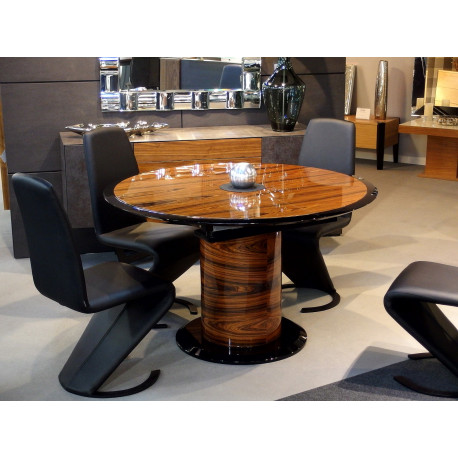 Global Slim extendable dining table