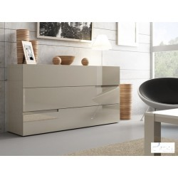 Gloria lacquer Italian chest of drawers