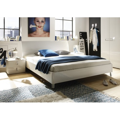 Lidia- high gloss lacquered bed
