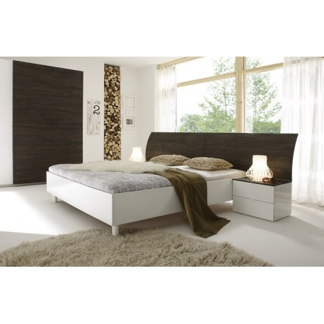 Tambura- Italian modern bed white and wenge