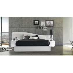 Elegante - high gloss lacquered bed