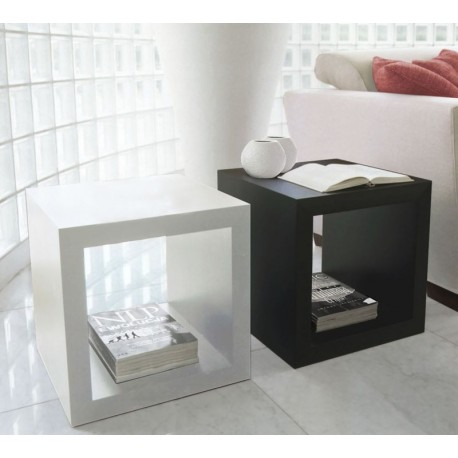 Box II - lacquer coffee table