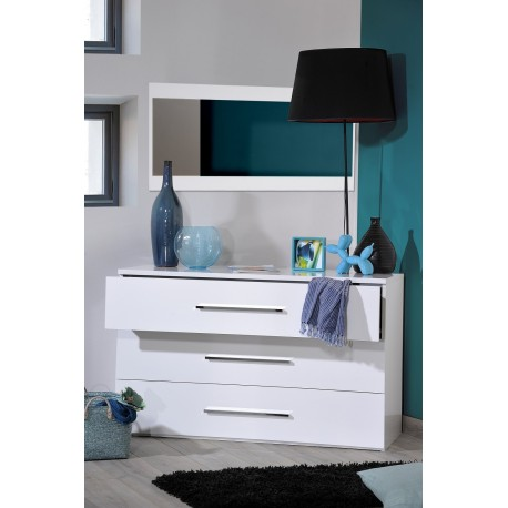 First- white gloss chest of drawers