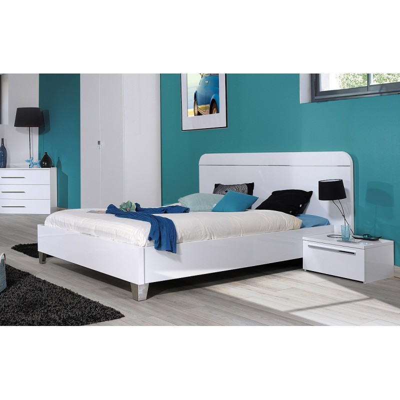 First white high gloss lacquered bed 1695 sena home for White high gloss bedroom furniture