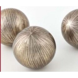 Balls CH - sculpture in champagne lacquer finish